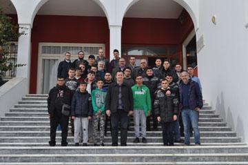 Μαθητές της Εκκλησιαστικής Σχολής έψαλλαν τα κάλαντα  στην Ορθόδοξο Ακαδημία Κρήτης