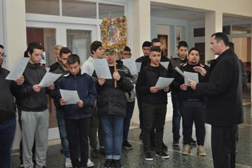 Μαθητές της Πατριαρχικής Σχολής Κρήτης  και του Γενικού Εκκλησιαστικού Γυμνασίου και Λυκείου Χανίων έψαλλαν τα κάλαντα του Λαζάρου στην Ορθόδοξο Ακαδημία Κρήτης